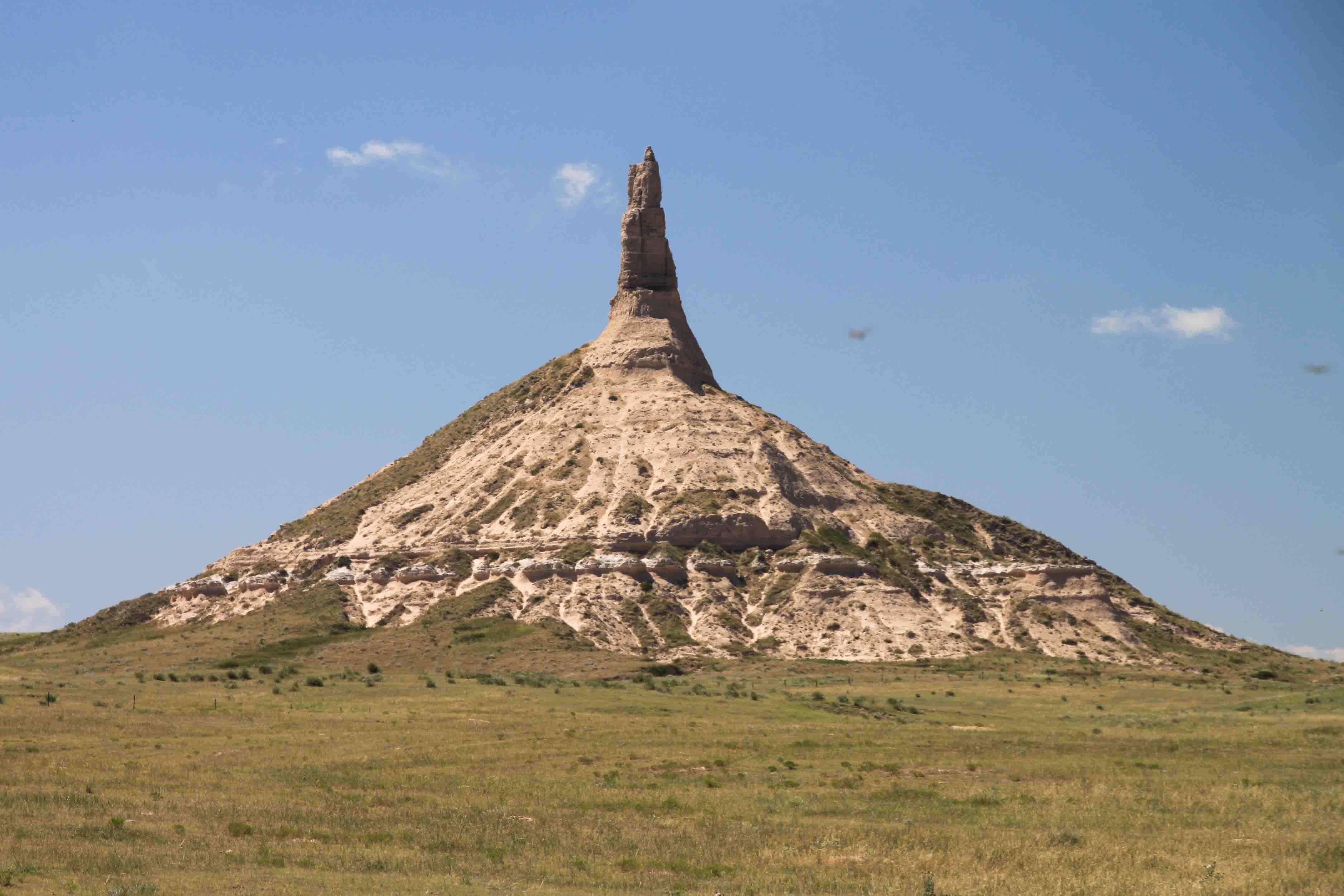 how tall is chimney rock