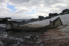 boat half moon island antarctica