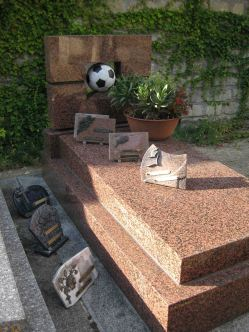 IMG_1733 cemetery