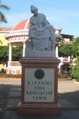 IMG_0068 statue