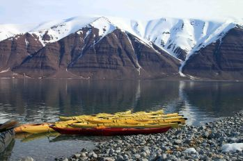 IMG_8547 kayaks