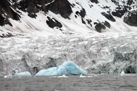 IMG_9977 glacier adventuresofacouchsurfer