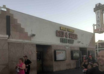 20161114_002756674_ios-gold-and-silver-pawn-shop