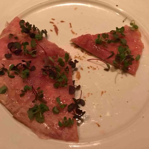 20161114_032901529_ios-tuna-pizza
