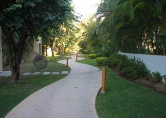 img_9815-walkway