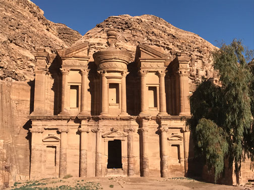 20161228_120129854_ios-monastery