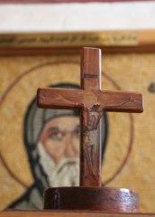 img_0442-cross