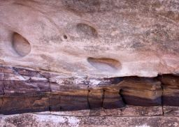 colors of sandstone