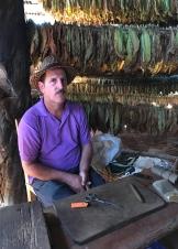 20170207_151604063_ios-tobacco-farmer