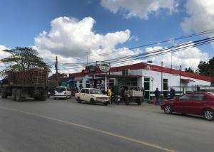 20170207_193755638_ios-gas-station