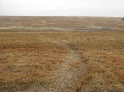 395_IMG_0629_failed_canal_and_wagon_wheel_tracks_santa_fe_trail etb
